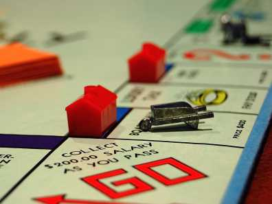 The only games I'm interested in playing are ones like Monopoly