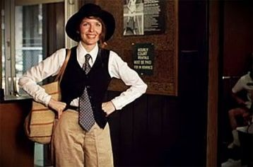 What girl doesn't want to be as cool as Annie Hall?